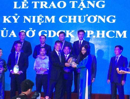 Tham dự Lễ kỷ niệm 15 năm hoạt động của SGDCK.TPHCM Mirae Joint Stock Company